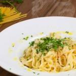 Tjestenina s češnjakom i maslinovim uljem