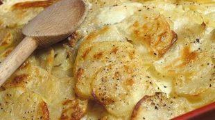 Zapečeni krumpir u mlijeku