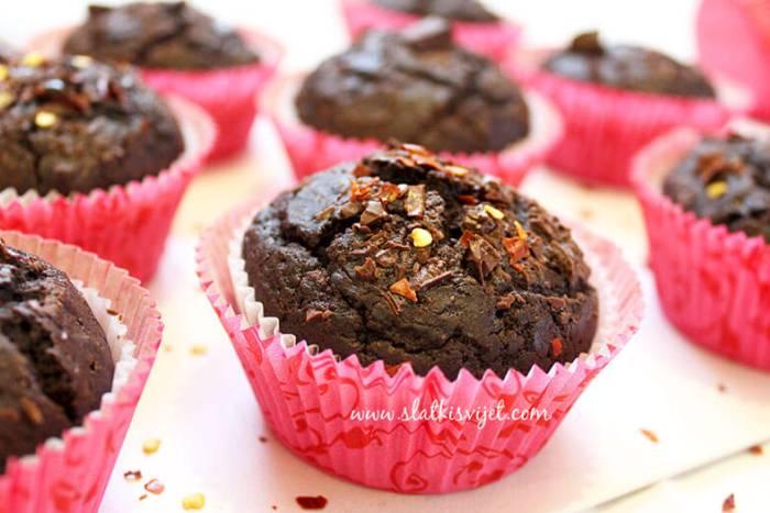 Čokoladni muffini s čilijem