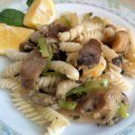 LJUTE BUKOVAČE S TJESTENINOM: Evo jednog lijepog obroka za sve ljubitelje gljiva!