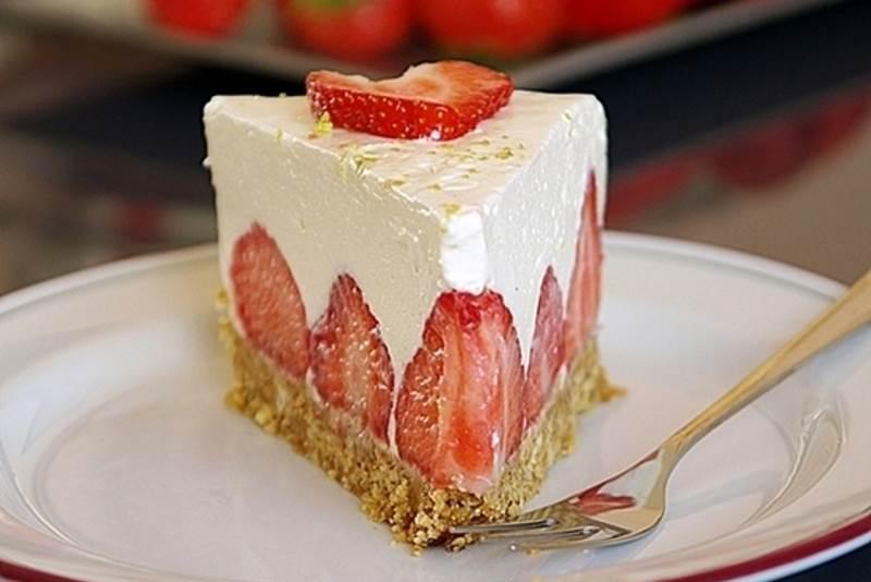 Torta s jagodama koja se ne peče