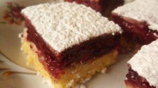 PREVRNUTA PITA S VIŠNJAMA: Ako volite okus višanja, obavezno probajte ovaj kolač!