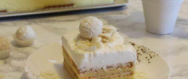 BRZO, BEZ PEČENJA: Puding kocke s keksima i kokosom