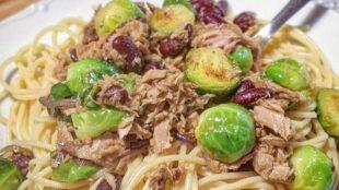 BRZI RUČAK: Špageti s tunjevinom, prokulicama i crvenim grahom