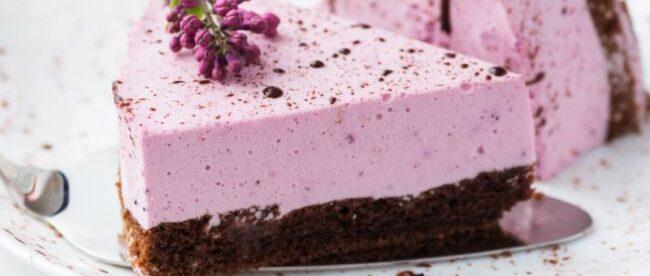 BEZ ŽELATINE I BEZ PEČENJA: Cheesecake od borovnica i Oreo keksa