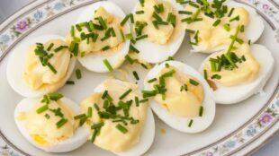 JAJA S MAJONEZOM: Ukusno i efektno jelo, lako za pripremu